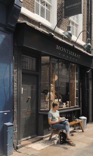 мокап входная группа вывеска кафе кофейня ресторан mockup лого логотип макет скачать psd